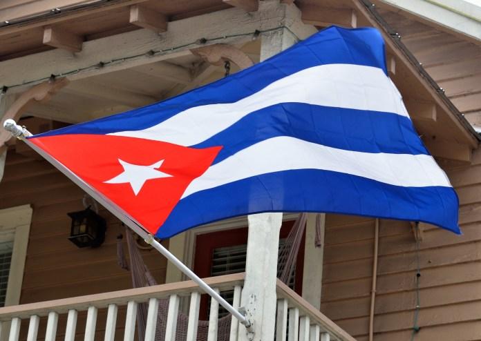 Kuba: Über fünf Millionen Menschen surfen im Internet