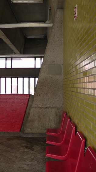Inside the southern entrance to Métro Joliette.