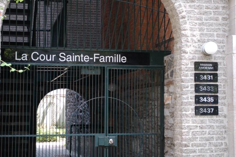 The Court Sainte Famille on Sainte Famille