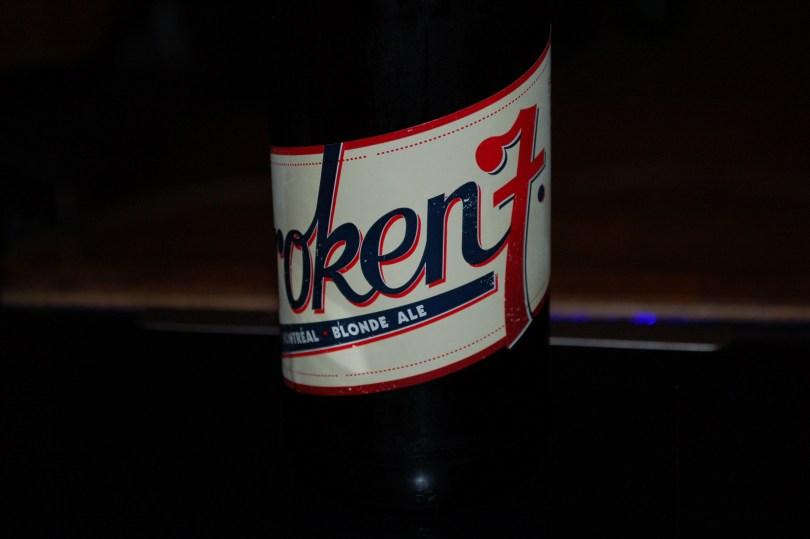 The label for Broken 7 by La Compagnie de Bière Brisset