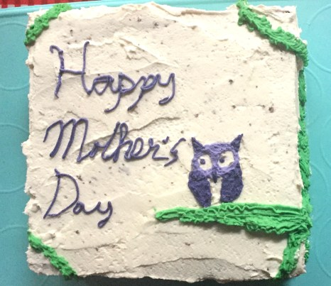 moms-mothers-day-cake