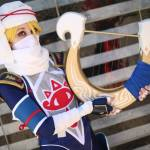 Cosplayer hits all the right notes with her electronic Goddess's Harp