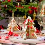 Новорічний декор столу – прикрашаємо страви