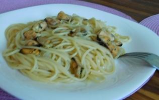спагеті з мідіями картинка