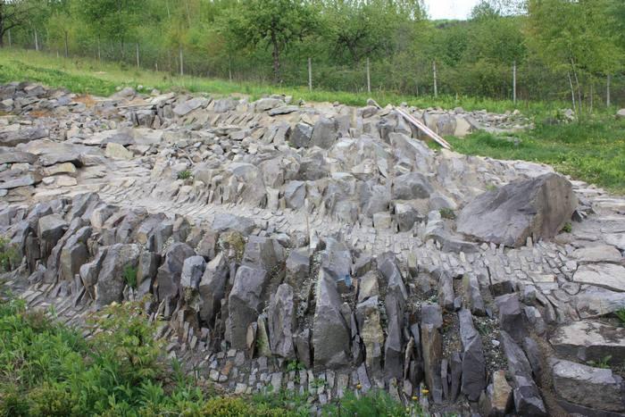 альпійська гірка кінець будівництва травень 2011