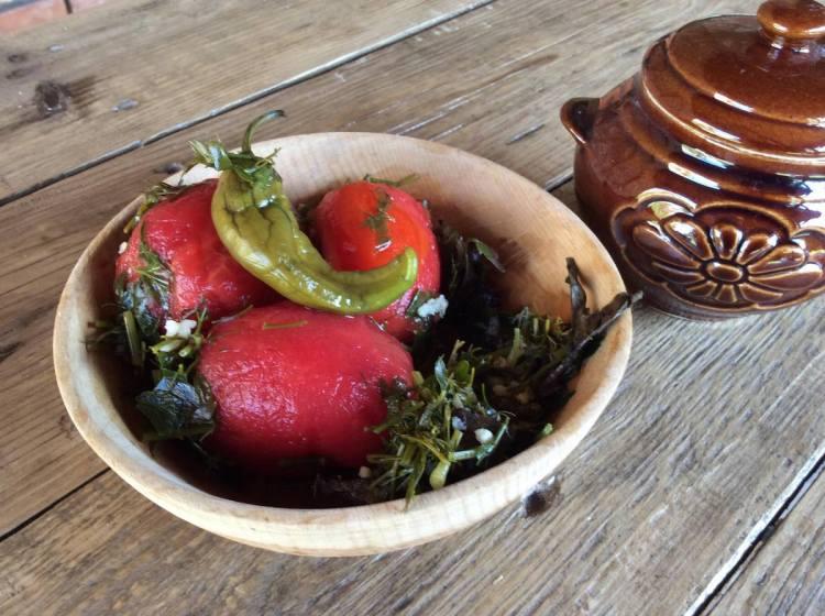 Швидкі квашені помідори