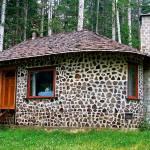 8 міфів про «корвуд»-будинки, або Як збудувати дешевий дім з дров і глини