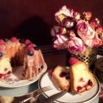 Сирний кекс з фруктами і ягодами — смак літа навіть взимку