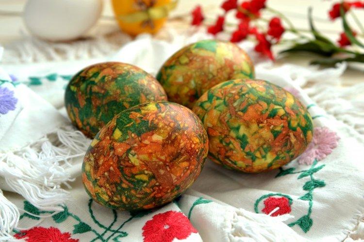 Мармурові яйця на Великдень
