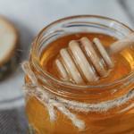 Все, що треба знати про мед — як перевірити і зберігати