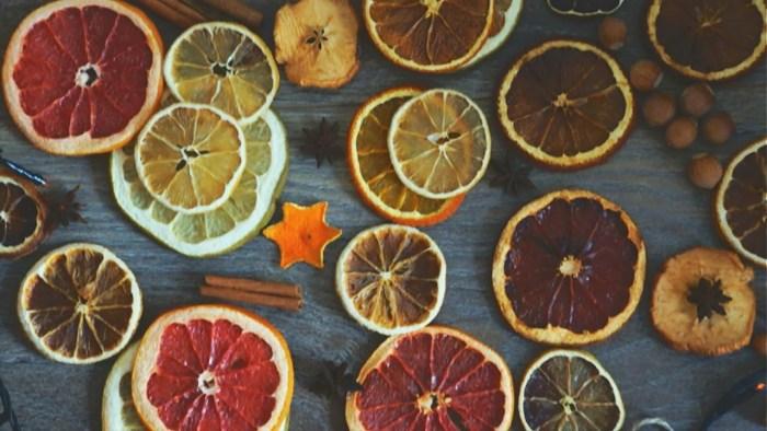 Спробуйте висушити і інші цитрусові - грейпфрут чи лимон, наприклад