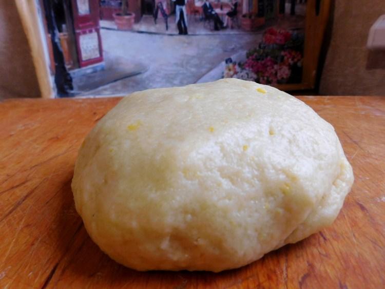 Доведіть тісто на пісне печиво до ідеальної м'якості