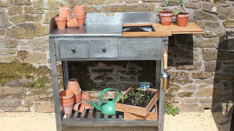 Садовий стіл для роботи з контейнерними культурами Potting Table від Wilstone House & Gardens