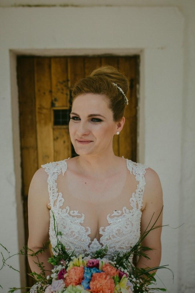 bride portrait and flower bouquet