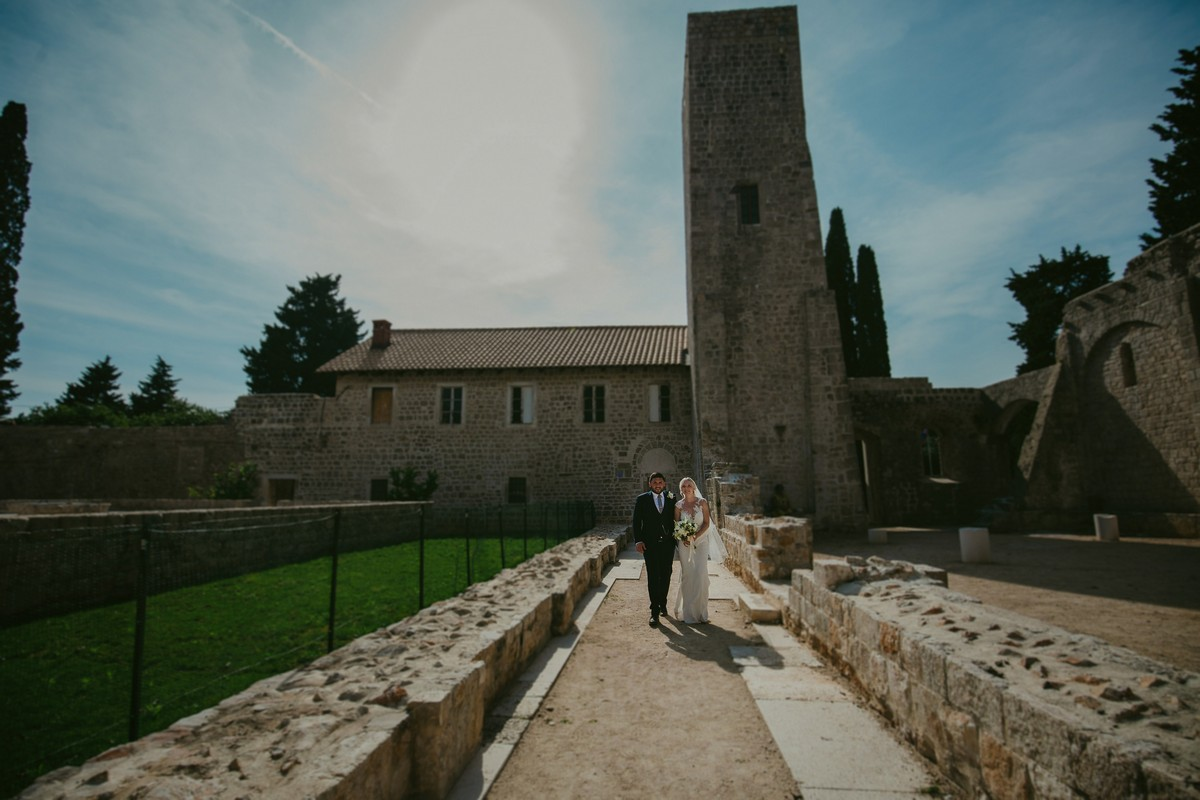 lokrum bride and groom