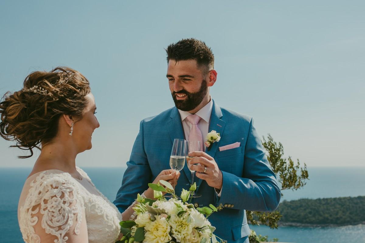 bride and groom park orsula