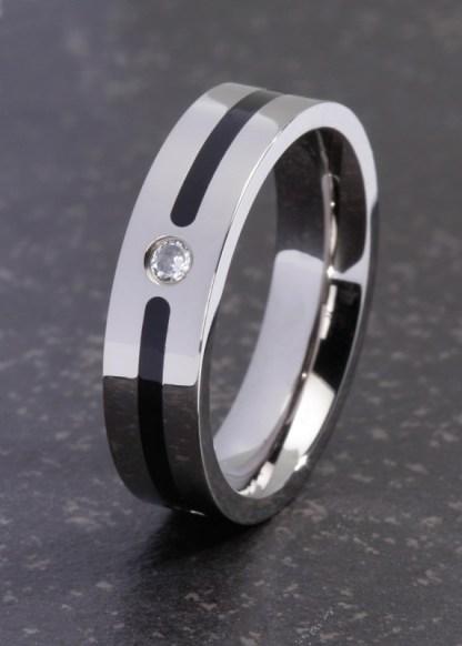 Achelos titanium ring met zwarte band