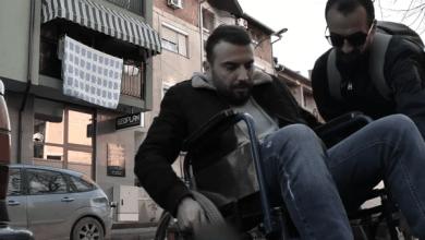 Photo of Aktorët nga Tetova turpërojnë shoferët që parkohen keq (VIDEO)
