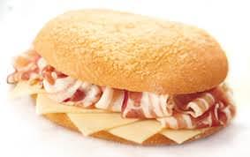 Il panino perfetto esiste. E anche i panini a Genova.. Ma il panino come si mangia