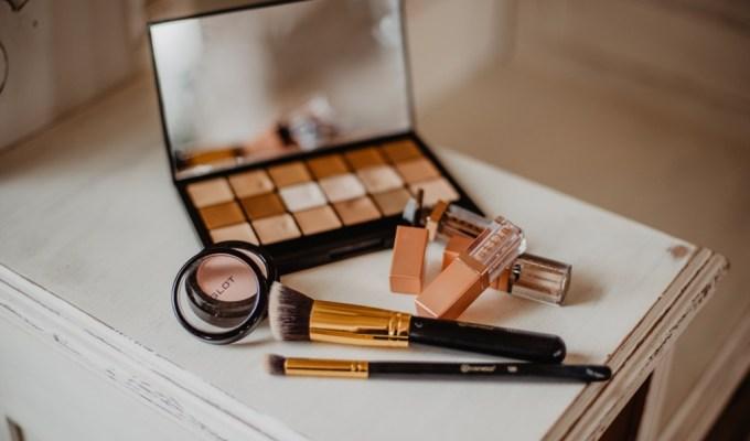 šminka, šminkati se, je li Bog razočaran ako se šminkamo