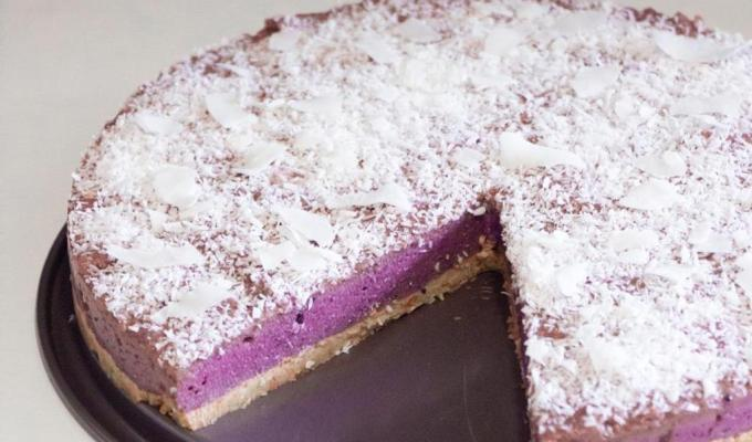 Zdrava torta sa šumskim voćem – bez pečenja, sirova torta, zdravo