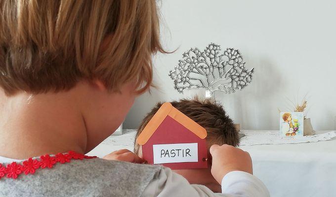 Tko si ti u jaslama, Advent, Vjera u obitelji, Kućna Crkva