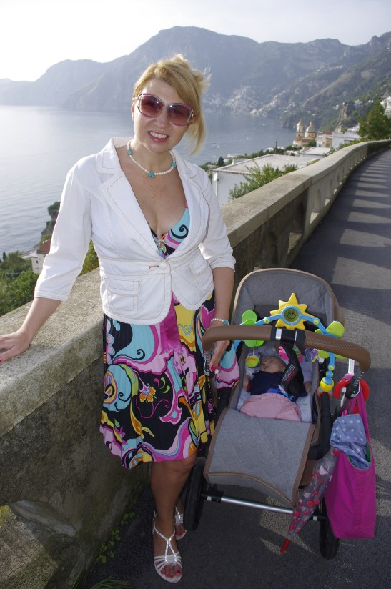 Baby travel essentials : pram & ideally its bag