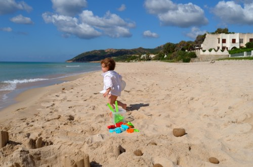 A week in Sardinia with toddler - the beach