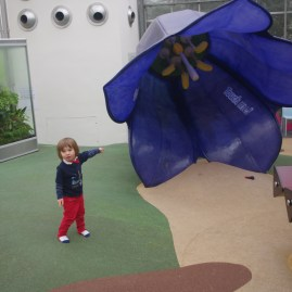 Visit Kew Gardens with kids: playground