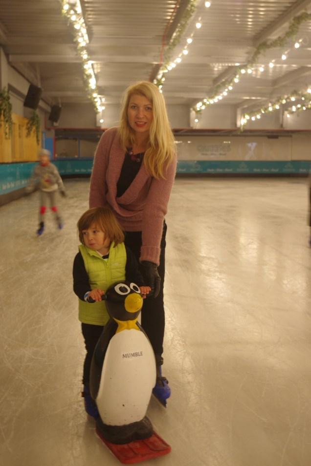 Queens Skate Dine Bowl - iceskating