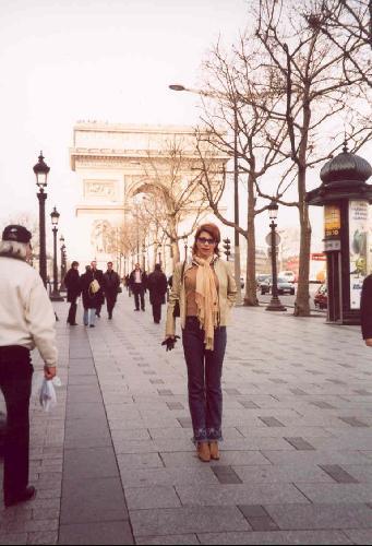 130954-Champs_Elysees-Paris 2001