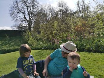 Day out Dyrham Park: picnic