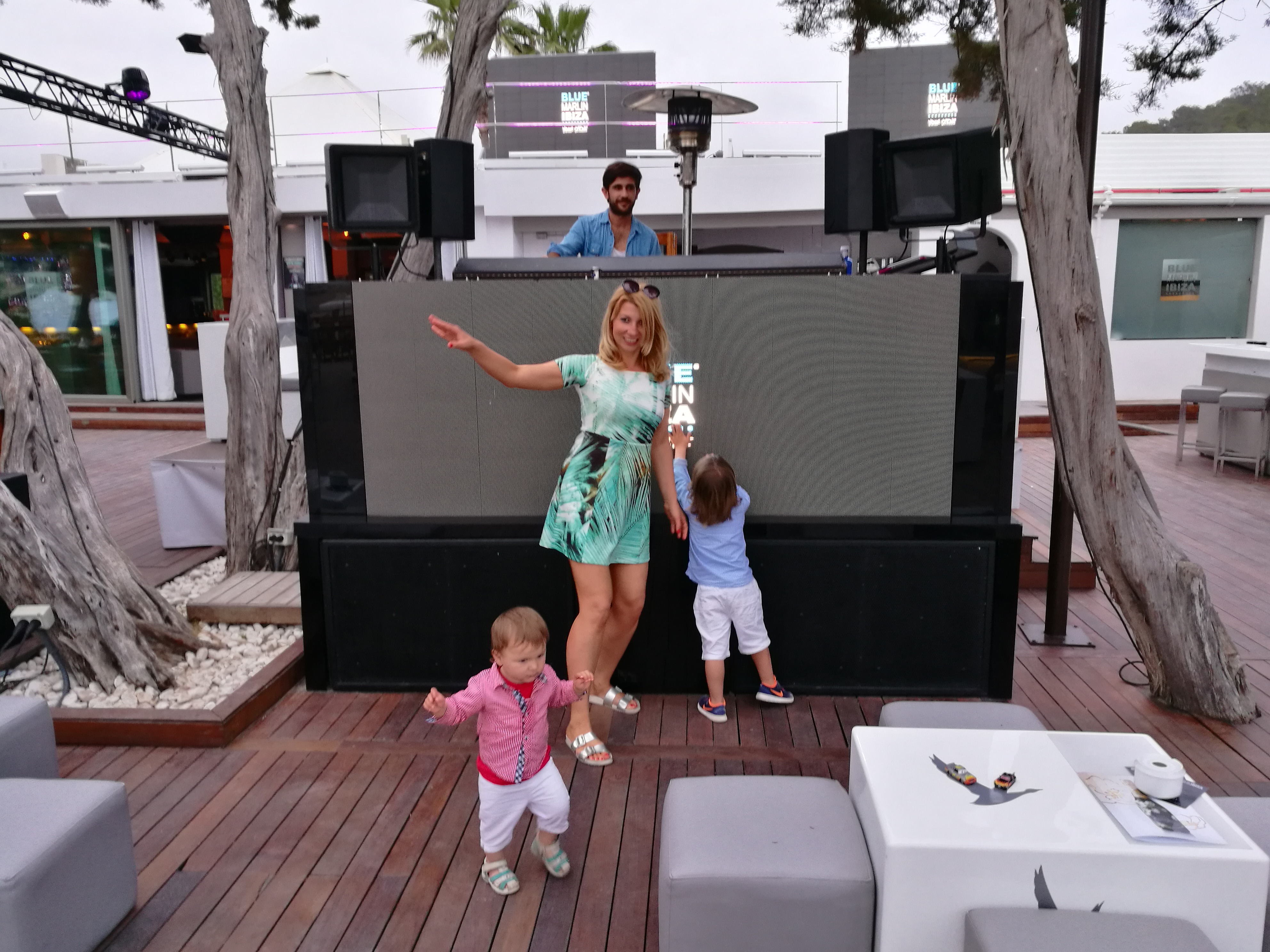 Blue Marlin with kids