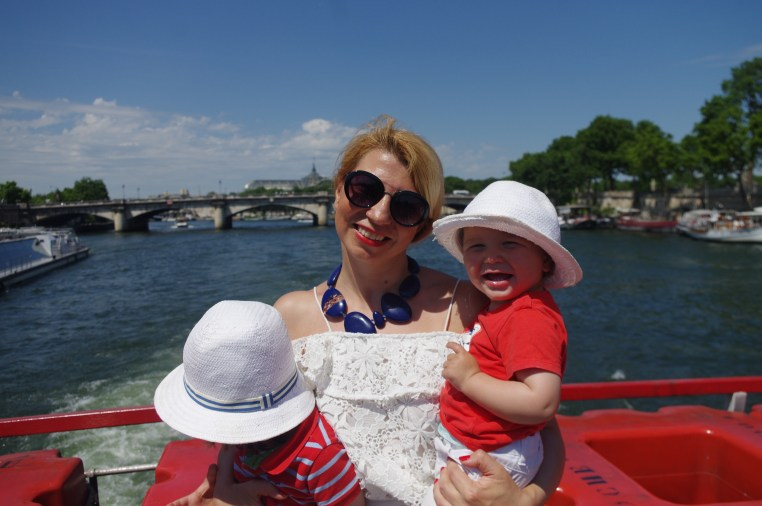 Paris with toddlers: River cruising with the kids