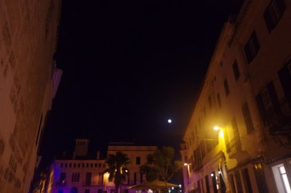Menorca guide: best of Mahon by night