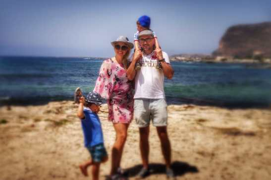 Favignana with kids - Favignana best beaches: Cala Burrone