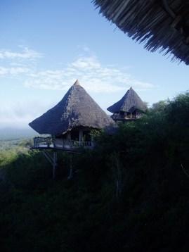 Tsavo West, Lions Bluff Lodge