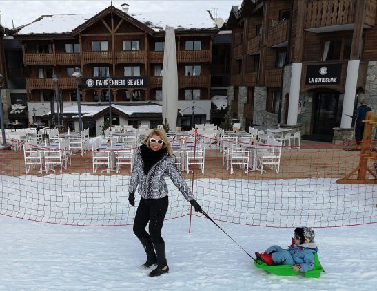 Winter fun in Courchevel : sledging