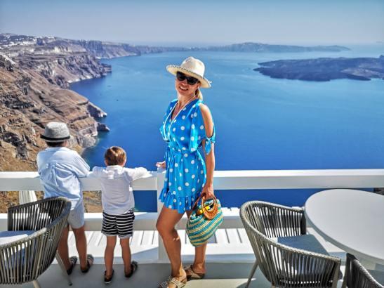 Santorini with kids @ Aqua luxury Suites