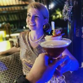 Four Seasons Seycheles cocktails - chin!