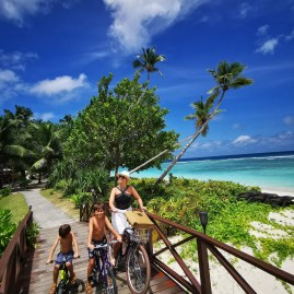 10 things to do in Silhouette island Seychelles : cycling