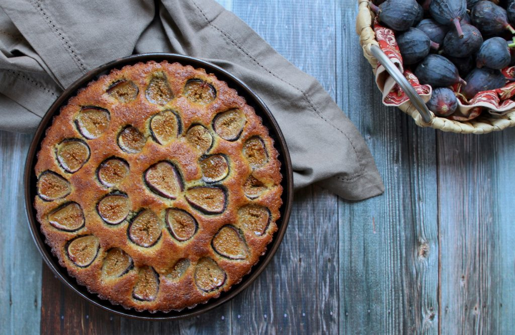 paleo fig and almond cake