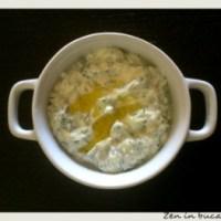 Sos tzatziki - sos grecesc cu iaurt si castravete