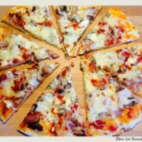 Pizza cu ciuperci si sunca - pizza de casa
