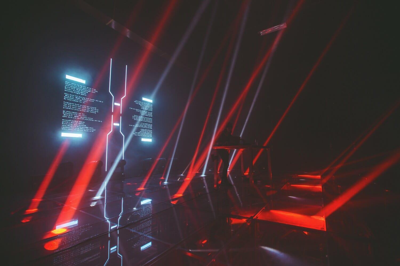 virtual self stage show