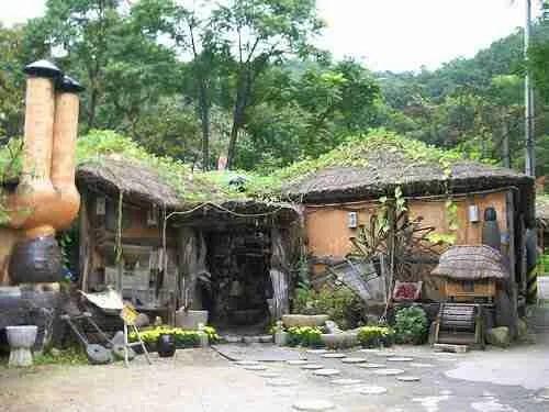 San Ma-eul Minsokchon 산마을민속촌
