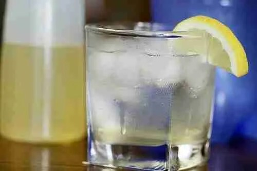 Korean Kitchen Hacking: Fresh Lemon-Ginger Ale