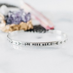 Be here now inspirational quote bracelet