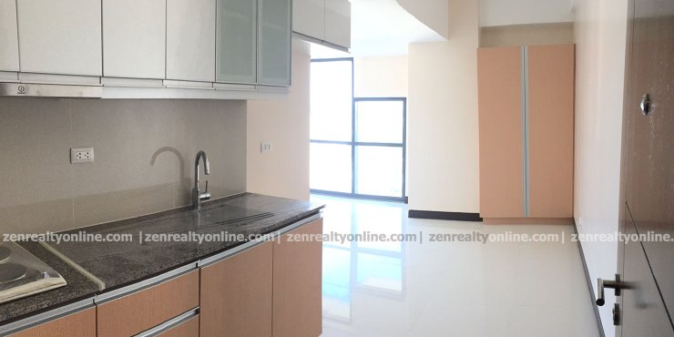 Viceroy Mckinley Hill Studio Unit for Sale