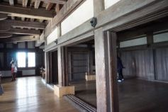 We see alot of such empty rooms in the main keep of Himeji Castle